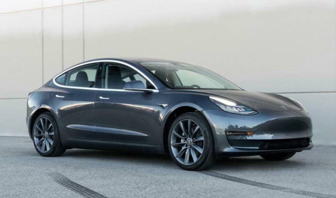 Ter overname: Private Lease contract TESLA model 3 (2019 ...